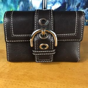 Coach 💖 BROWN Leather Buckle Wallet